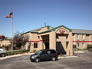 Quality Inn & Suites (FKA Sandman) in Meridian, Idaho.