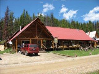Silver Spur Lodge in Dixie, Idaho.