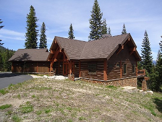 Cabins and Home Vacation Rentals in Idaho