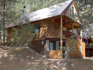 Cozy country cabin featherville pine idaho vacation for Outrageous cabins country pines