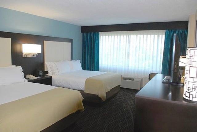 Holiday Inn Express Boise University In Idaho 1 800 844 3246