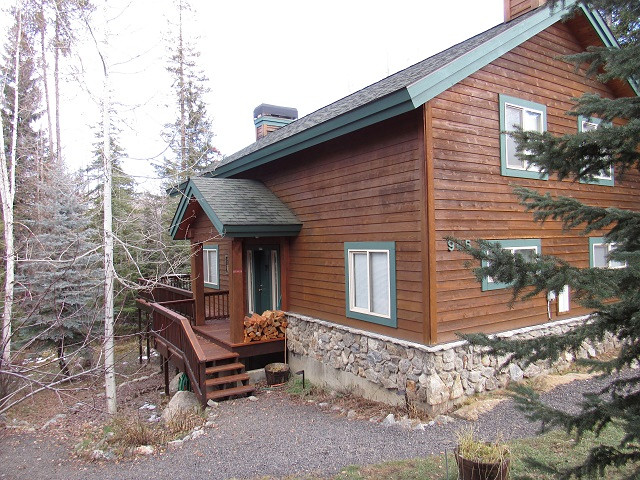 Mountain Safari Lodge in McCall, Idaho.