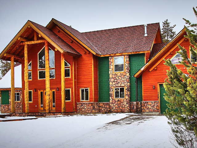 Lake Forest Lodge in Donnelly, Idaho.