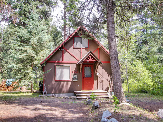 Huckleberry Riverfront Cabin in McCall, Idaho.