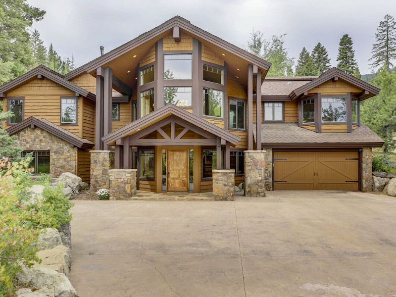 Bear Discovery Custom Tamarack Estate Home in Donnelly, Idaho.