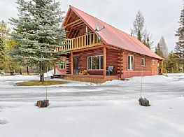 Cabins and Home Vacation Rentals in Donnelly & Tamarack Idaho