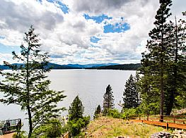 Cabins and Home Vacation Rentals in Harrison Idaho