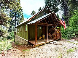 Cabins and Home Vacation Rentals in Cascade Idaho