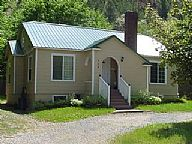 Cozy Cottage Kellogg vacation rental property