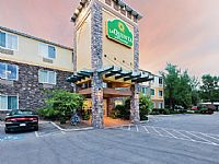 La Quinta Inn & Suites Boise (formerly HIE) Boise Park and Fly
