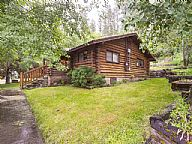 Lincoln Log Cabin vacation rental property