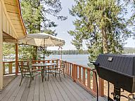 Grandpas Hayden Lakefront Cabin vacation rental property
