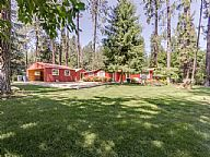 Hayden Lake Lost in the 60s Beach Bungalow vacation rental property