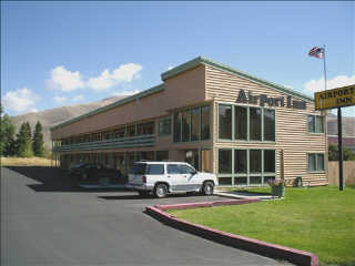 Airport Inn vacation rental property