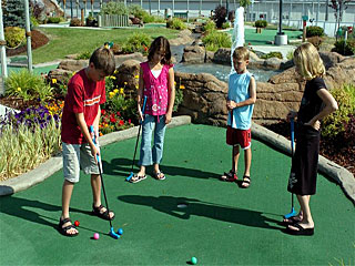 Triple Play-mini golf