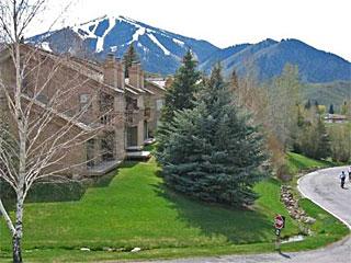 Snowcreek vacation rental property