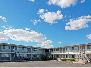 Rodeway Inn Ontario, OR vacation rental property