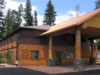 Guest House Lodge Sandpoint vacation rental property