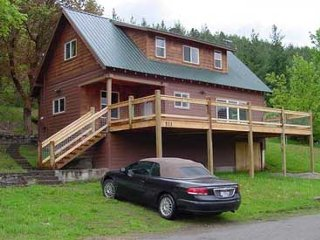 Mooster Lodge vacation rental property