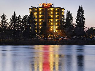 Hotel On The Falls-Idaho Falls vacation rental property