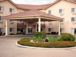Best Western Caldwell Inn & Suites vacation rental property