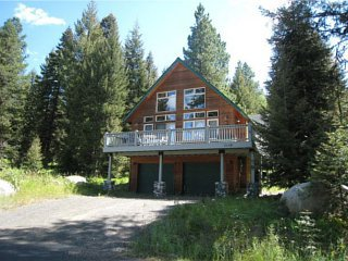 Fox Rock Cabin vacation rental property