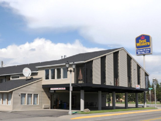 Best Western Cross-Winds Motor Inn vacation rental property