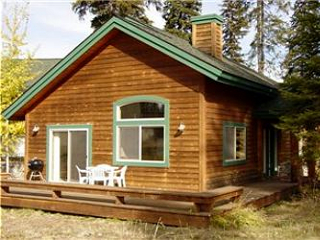 Cottage on the Fairway vacation rental property