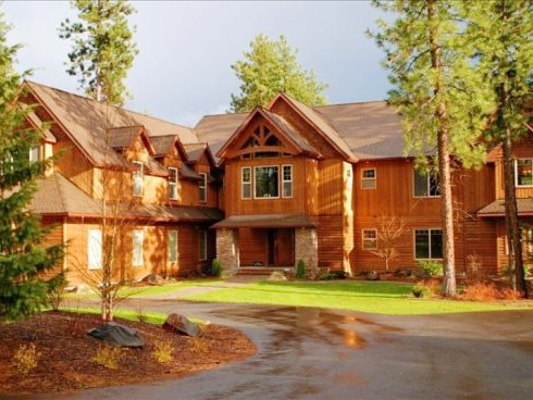 Spectacular Lake Retreat vacation rental property