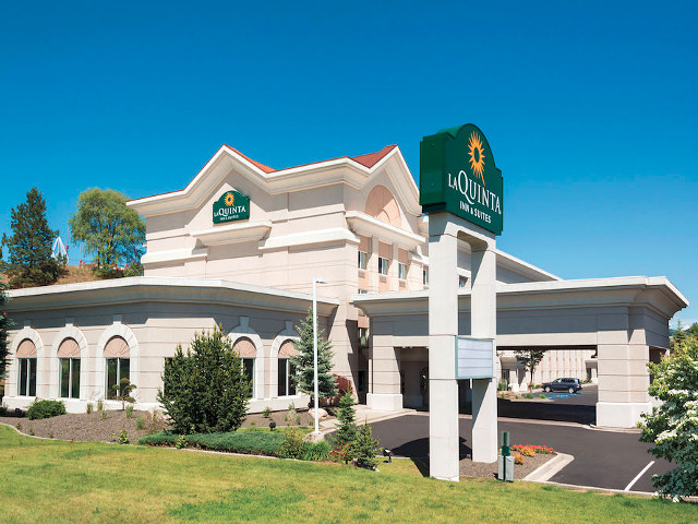 La Quinta Inn & Suites CDA vacation rental property