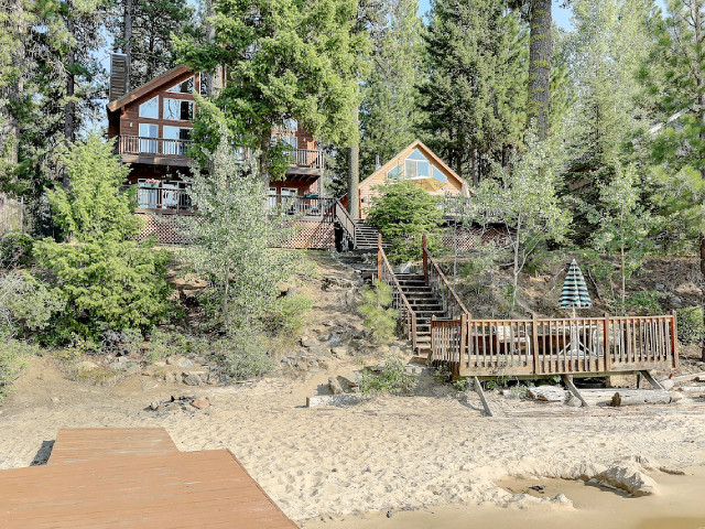 Babs Lake Haven Complex in McCall