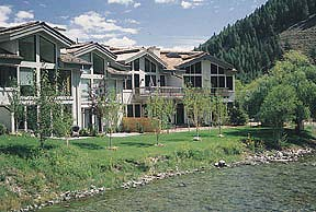 Pinnacle Townhomes vacation rental property
