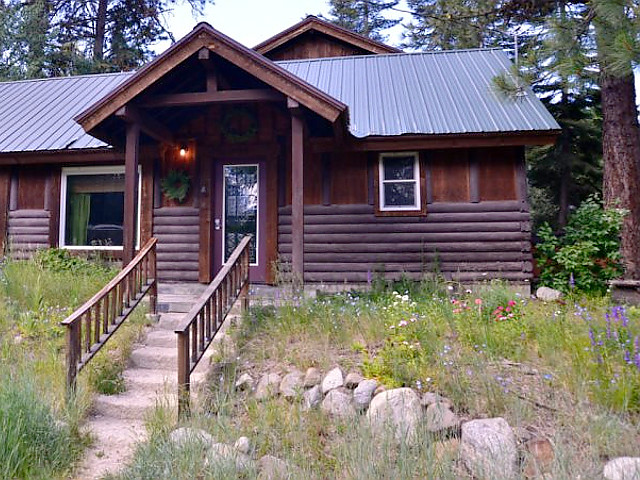 storybook cottage mccall idaho vacation cabin rental 1