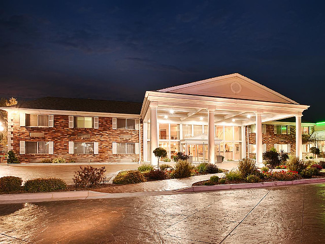 Best Western Plus Burley Inn & Convention Center vacation rental property