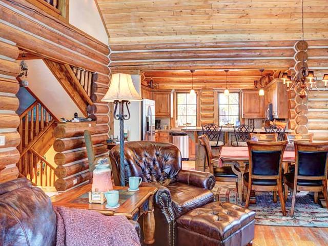 Cutthroat cabin teton springs warm creek 31 driggs for Teton cabin rentals