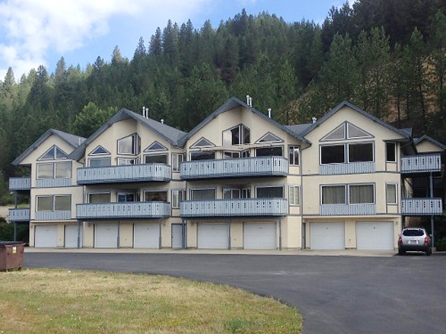 Mountain View Condo by the River vacation rental property