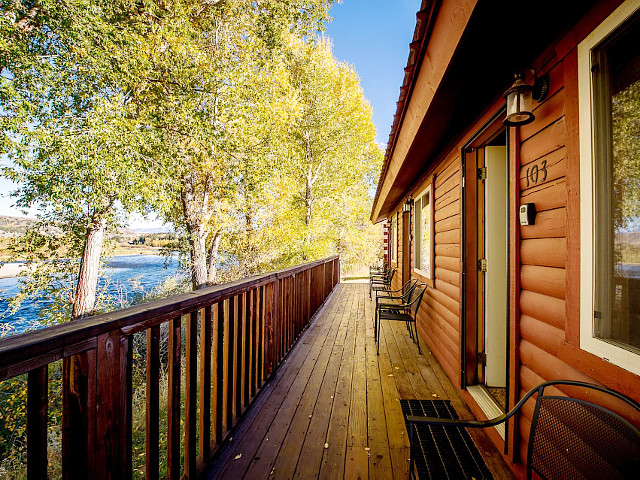 Fishermans Cabin on the South Fork vacation rental property