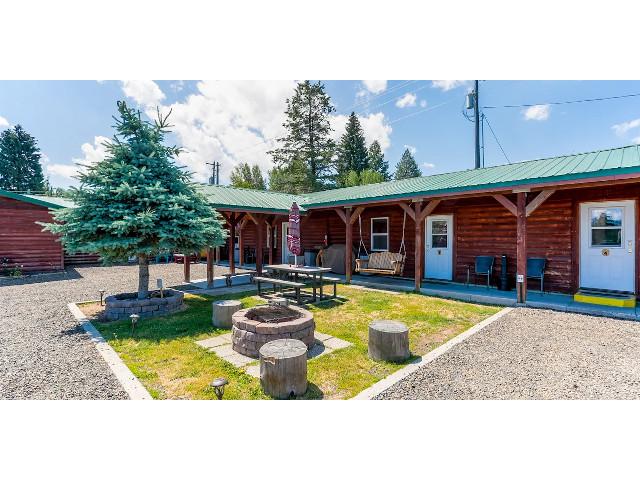 Cascade Lake Inn vacation rental property